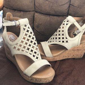 Like new Franco Sarto Ladies cork sandals